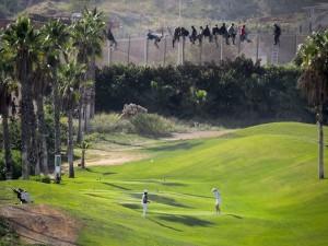"""La """"valla"""" e il campo da golf di Melilla"""